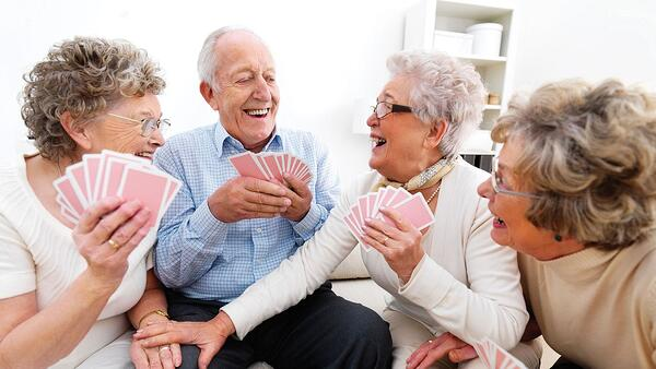 old-people-playing-cards